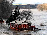 Rozvodněné Labe v Roudnici nad Labem, foto: ČTK