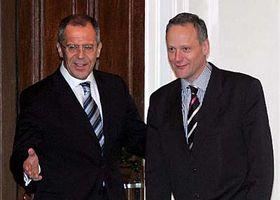 Ministro de RR.EE. ruso, Serguei Lavrov y su homólogo checo, Cyril Svoboda (Foto: CTK)