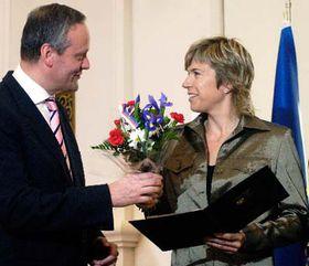 Katerina Neumannová recibe premio 'Gratias Agit' (Foto: CTK)