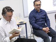 Pavel Hak et l'éditeur Milan Hodek à l'Institut français de Prague, photo: Oskar Helcel