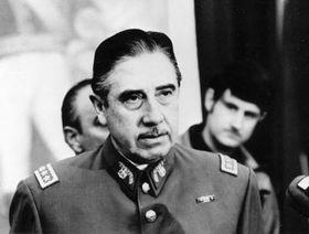 Augusto Pinochet, 1973, foto: CTK