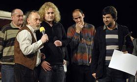 Martin Dušek (à droite) et Ondřej Provazník (au milieu), photo: CTK