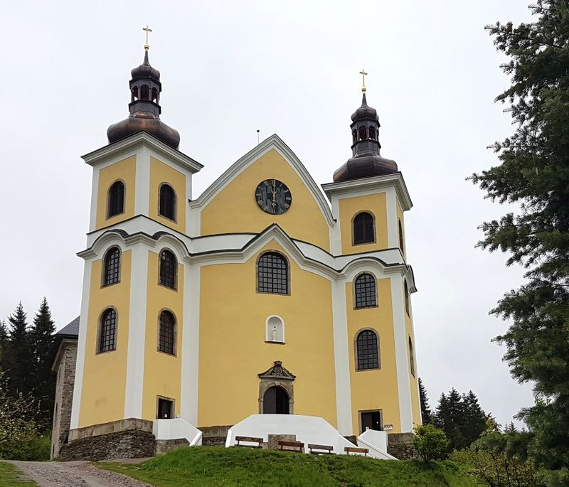 Kostel vNeratově, foto: Zdeňka Kuchyňová