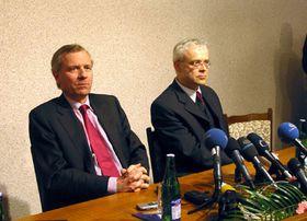 Secretario general de la OTAN, Jaap de Hoop Scheffer, y el primer ministro checo, Vladimír Spidla, foto: Radio Praga