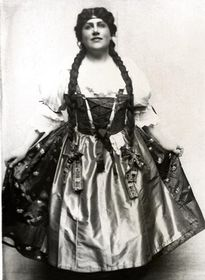 Ema Destinnová dans la rôle de Mařenka, photo: Archives de Théâtre national