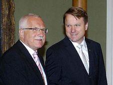 Вацлав Клаус и Мартин Бурсик (Фото: ЧТК)