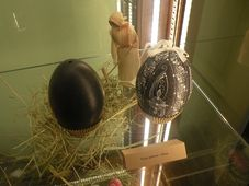 Huevo de avestruz, foto: Dominika Bernáthová