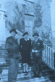 Karel Košťál with his wife and Czech Foreign minister in exile Jan Masaryk (left), Dublin, 1944, repro: Czech-Irish Cultural Relations 1900-1950