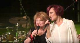 Věra Špinarová y Petra Janů, foto: Canal YouTube de Supraphon