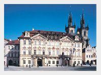 Palác Kinských na Staroměstském náměstí v Praze