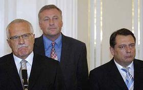 Václav Klaus (vlevo), Mirek Topolánek aJiří Paroubek, foto: ČTK