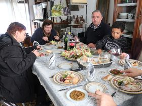 Oběd uHilmiových, foto: Magdalena Hrozínková