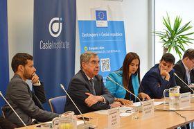 Oscar Arias Sánchez (en el centro), foto: Marta Guzmán