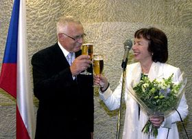 President Vaclav Klaus with his wife Livia in London, photo: CTK