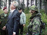 Prime Minister Milos Zeman viewing a special army unit in Prostìjov, foto: www.army.cz