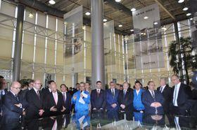 Чешская делегация на автомобильном заводе «Шкода» в Китае, Фото: ЧТК