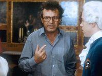 Miloš Forman rodando la película Amadeus, foto: Warner Bros.