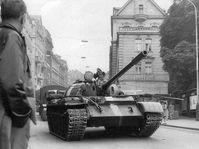 La invasión de las tropas del Pacto de Varsovia del 21 de agosto de 1968, foto: Archivo del Museo de Karlovy Vary