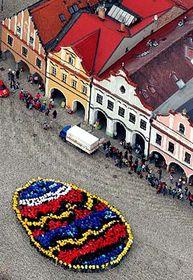 Velikonoční kraslice tvořená lidmi, foto: ČTK
