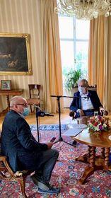 Президент Чехии Милош Земан и Ян Покорный, директор Центра новостей «Чешского Радио», фото: Jaromír Nikl, Чешское Радио