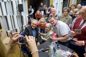 Senioren wollten sich mit Karel Gott treffen (Foto: Khalil Baalbaki, Archiv des Tschechischen Rundfunks)