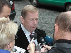 Přijel iVáclav Havel smanželkou, foto: Josefína Mošová