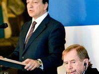 Жозе Баросо и Вацлав Гавел (Фото: ЧТК)
