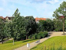 Rajská zahrada, photo: Ondřej Žváček, CC BY-SA 3.0 Unported