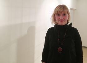 "составитель каталога ""Диалог"" Барбора Баронова, фото: Катерина Айзпурвит"