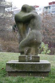 'Le baiser', photo: Site officiel du projet Vetřelci a volavky