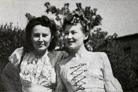 Lída Baarová y Zorka Janů (a la derecha), foto: ČT