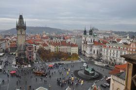 Altstadt und die Prager Burg (Foto: Ben Skála, CC BY-SA 2.5)