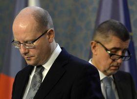 Богуслав Соботка и Андрей Бабиш (справа), Фото: ЧТК