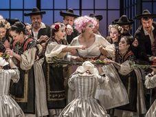 Figaros Hochzeit (Foto: Patrik Borecký, Archiv des Nationaltheaters)
