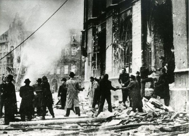Prague Uprising, source: Archive of the National Museum in Prag, CC BY 4.0