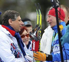 Primer ministro Jan Fischer y Lukáš Bauer, foto: ČTK