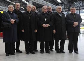Cardinal Miloslav Vlk (left), Prague Archbishop Dominik Duka (right) before departure to Vatican, photo: CTK