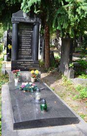 Julius Fučík liegt auf dem Weinberger Friedhof begraben (Foto: David Sedlecký, Wikimedia Commons, CC BY-SA 3.0)
