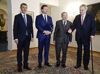 De izquierda: Andrej Babiš, Radek Vondráček, Jaroslav Kubera y Miloš Zeman, foto: ČTK/Vondrouš Roman
