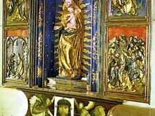 Резной алтарь из костела Рождения Девы Марии в Велгартицах