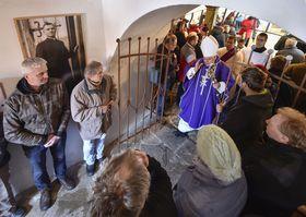 Messe en mémoire de Josef Toufar à Číhošť, photo: ČTK