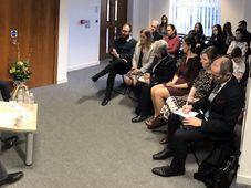 Tomáš Petříček při setkání s krajany ve Velké Británii, foto: Twitter Tomáše Petříčka