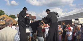 """Kunstfest """"Übergänge – Přechody"""" (Foto: YouTube)"""