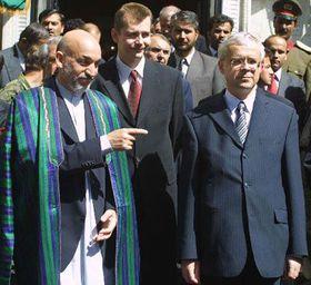 Primer ministro checo Vladimír Spidla y Hamid Karzai, presidente de Afganistán, Foto: CTK