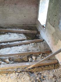 In der Burgkapelle unter dem Fußboden wurde das Reliquiar des heiligen Maurus gefunden (Foto: Martina Schneibergová)