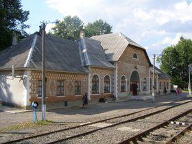 Bahnhof in Jassinja (Foto: Daniel Baránek, CC BY-SA 4.0)