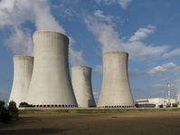 Dukovany nuclear power plant, photo: Zruda, CC BY-NC-SA 2.0