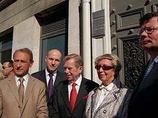 Bertrand Delanoe, Pavel Fischer, Vaclav Havel, Ivana Tigridova, Alexandr Vondra, photo: CTK