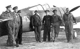 Frantisek Perina (le troisième de gauche) en France