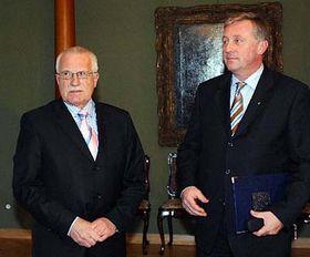 Vaclav Klaus with Mirek Topolanek, photo: CTK